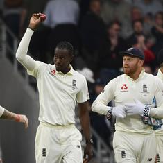 Jofra Archer takes six wickets as Australia bowled out for 179 on first day of third Ashes Test