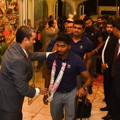 Cricket: Depleted Sri Lankan team arrives in Pakistan amid heavy security for limited-overs tour
