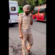 Watch this Chandigarh policeman singing in the streets, inspired by Daler Mehndi and traffic rules