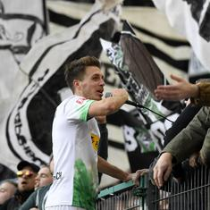Bundesliga: Moenchengladbach maintain lead at top after 3-1 win over Werder Bremen