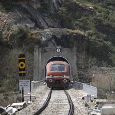 Jammu and Kashmir: Train services between Baramulla and Srinagar resume