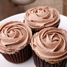 Chai Cupcakes With Chai Buttercream Frosting