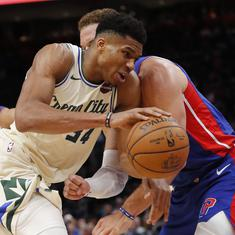 NBA wrap: Giannis Antetokounmpo's 35 points lead Bucks past Pistons, Lakers trump Jazz