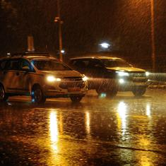 Heavy rain lashes parts of Delhi-NCR, many flights diverted or delayed