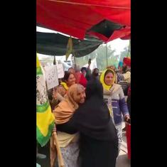 Watch: Shaheen Bagh gives a warm welcome to Punjab farmers who were detained earlier