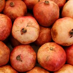 Kitchen hacks: How to cut and deseed a pomegranate quickly