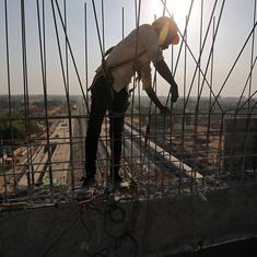 ICRA projects Indian economy to contract 9.5% in 2020-'21, cites rising coronavirus cases, lockdown