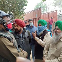 Farmers from Punjab reach Delhi's borders, police step up security to prevent entry