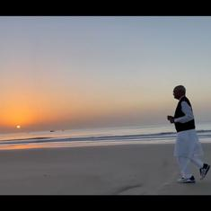 Watch: President Ram Nath Kovind posts video of himself jogging on Diu's Ghoghla beach