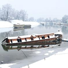 In Kashmir, the security lockdown and Covid-19 have sunk the tourist sector – and many houseboats