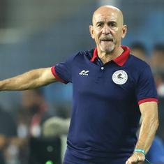ISL: Coach Antonio Habas signs one-year extension with ATK Mohun Bagan