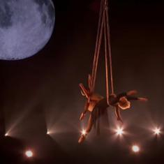 Watch: Singer 'P!nk' and daughter put up a beautiful acrobatic performance at Billboard Music Awards