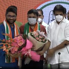 Kanhaiya Kumar joins Congress, Jignesh Mevani offers support to party
