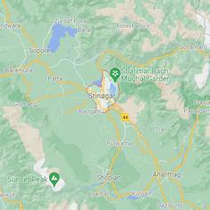 Jammu and Kashmir: Two teachers shot dead as gunmen barge into school in Srinagar
