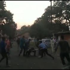 Bajrang Dal members vandalise 'Aashram' set in Bhopal, throw ink at Prakash Jha
