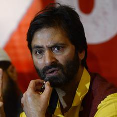 Pulwama attack: J&K government withdraws security of 18 separatists, including Geelani, Yasin Malik