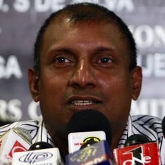 Start winning rather than complaining about contracts: Aravinda de Silva tells Sri Lankan cricketers